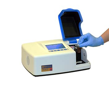 "Agility Raman Spectrometer with ""cuvette holder"" Quick-Change Insert"